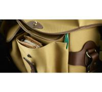 hadley_one_front_pocket_detail_2_-_cropped.jpg